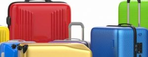 Where you can leave your baggage and suitcase while travelling Milan, Italy?
